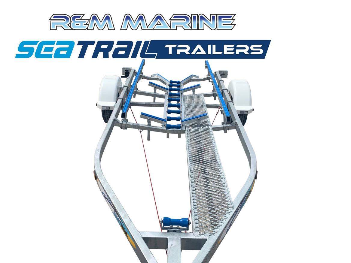 SEATRAIL 5.6M DELUXE BRAKED SKID BOAT TRAILER