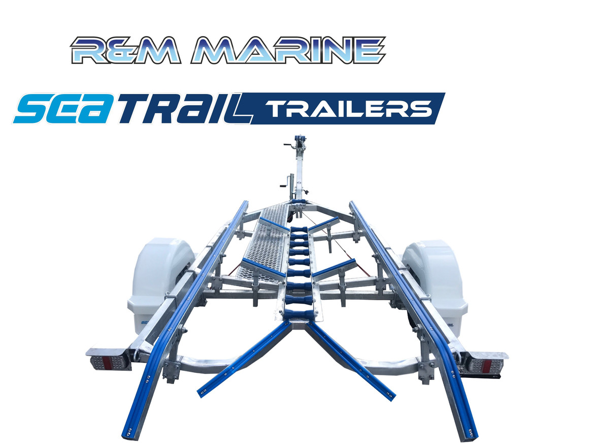 SEATRAIL 5.2M DELUXE BRAKED SKID BOAT TRAILER