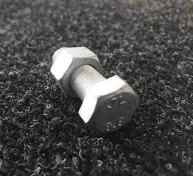 Seatrail 8.8 Bolt.JPG