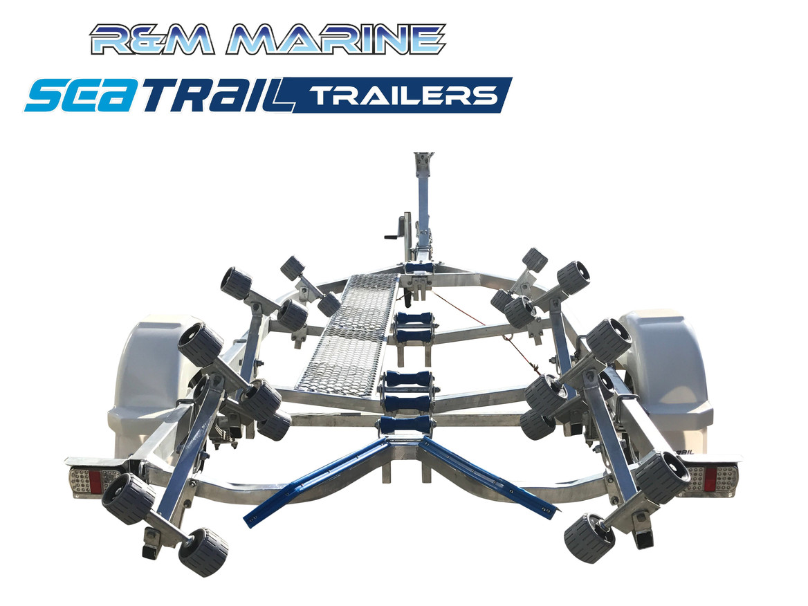 SEATRAIL 5.2M ROLLERED BOAT TRAILER