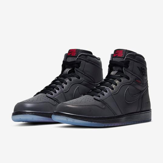 Air Jordan 1 High Zoom Fearless_5.jpg