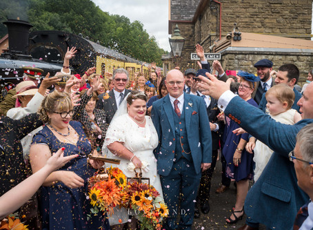 Helen and Karl celebrated their vintage steam train wedding on the Severn Valley Railway.