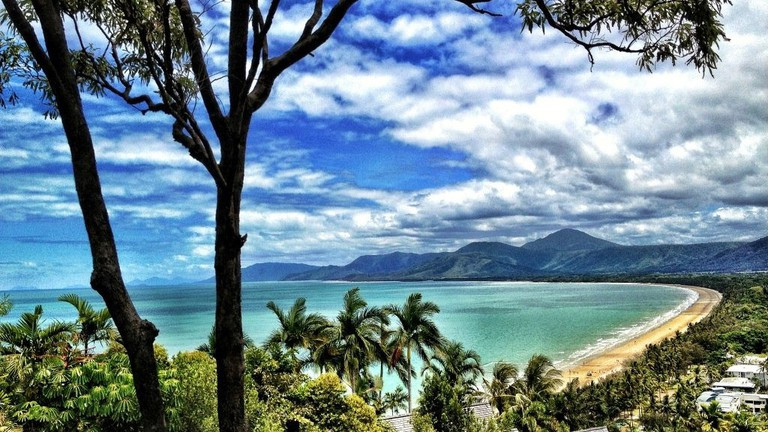 Cairns coast and beach