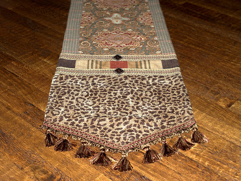 Pembrook Table Runner