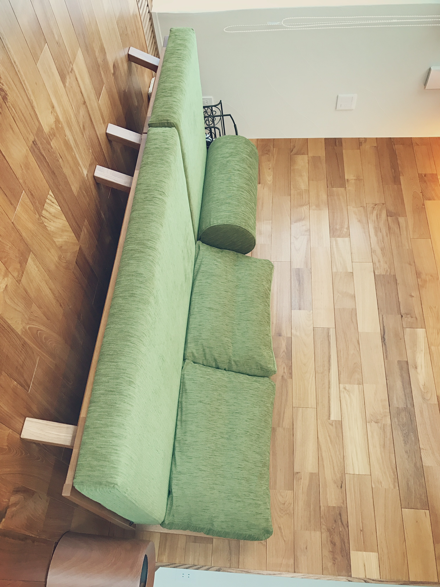 BM Sofa 1P 2