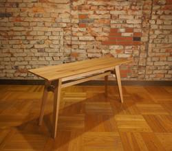 Living Table SA 4