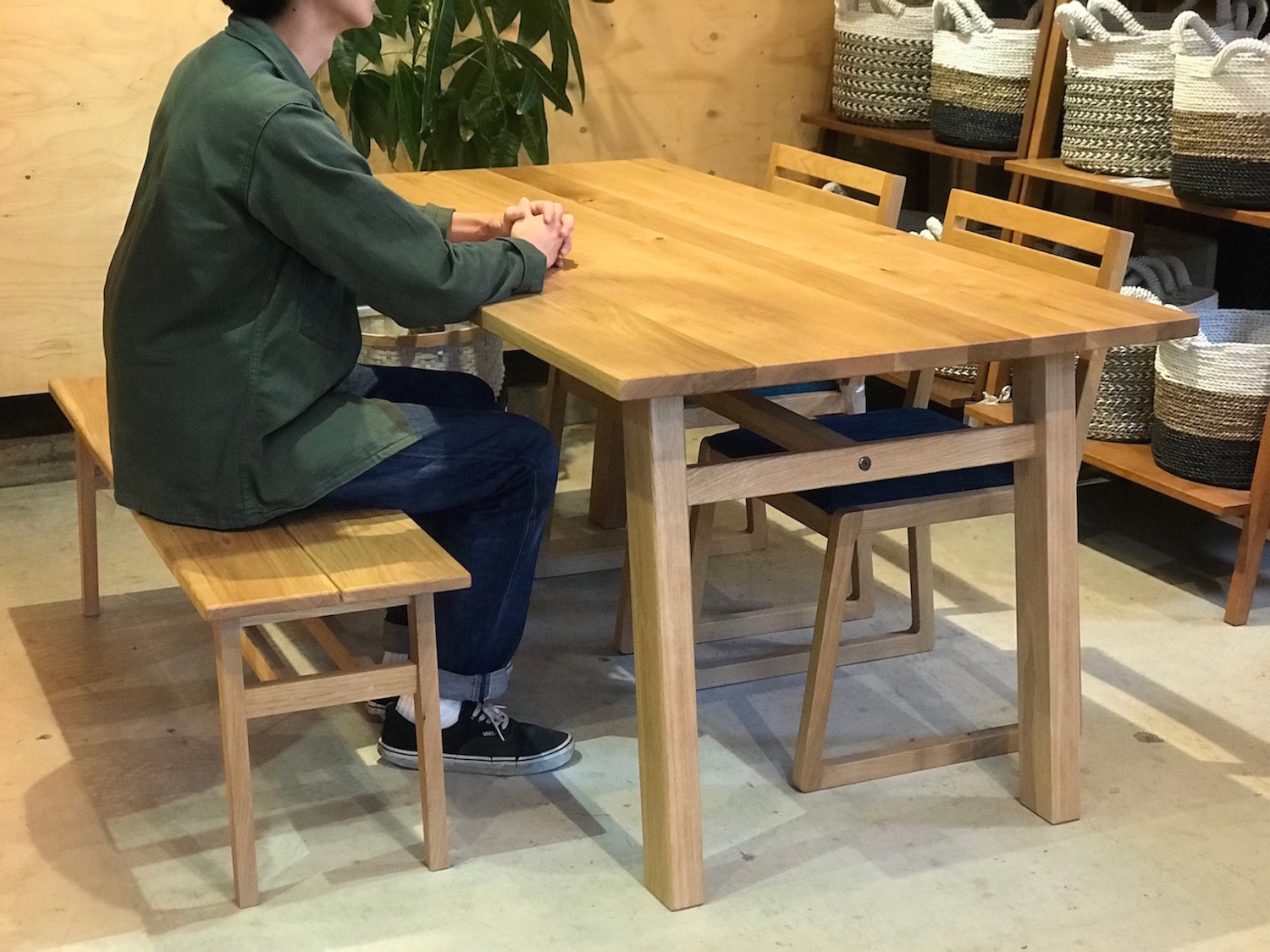 Dining Table L 9