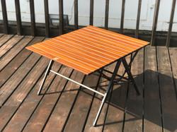 テーブル4