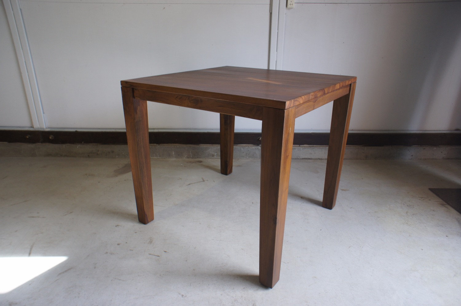 Dining Table GG 1
