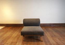 BM Sofa 1P 4