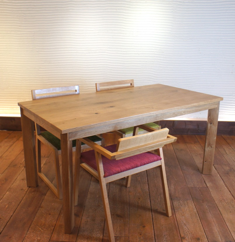 Dining Table SQ ナラ無垢材 2
