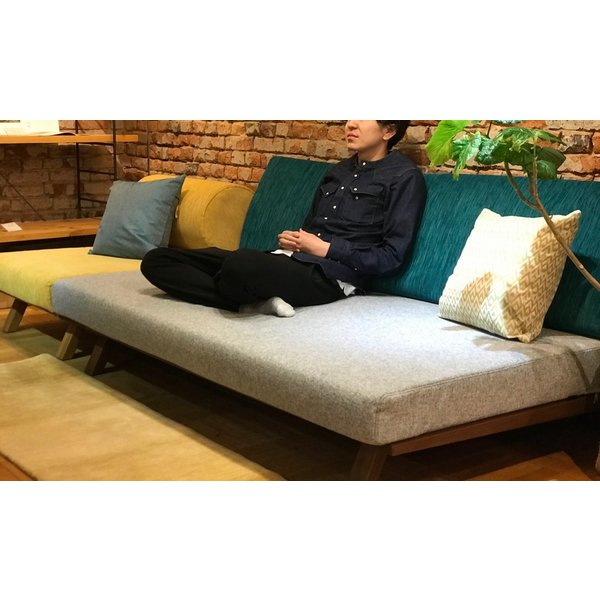 BM Sofa 3P 2