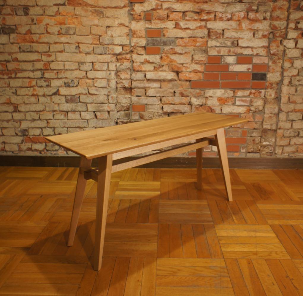 LIving Table SA