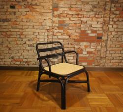 SR arm lounge chair 1