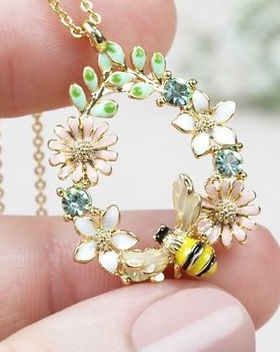 crystal-flower-bee-droplet-necklace-4x3a