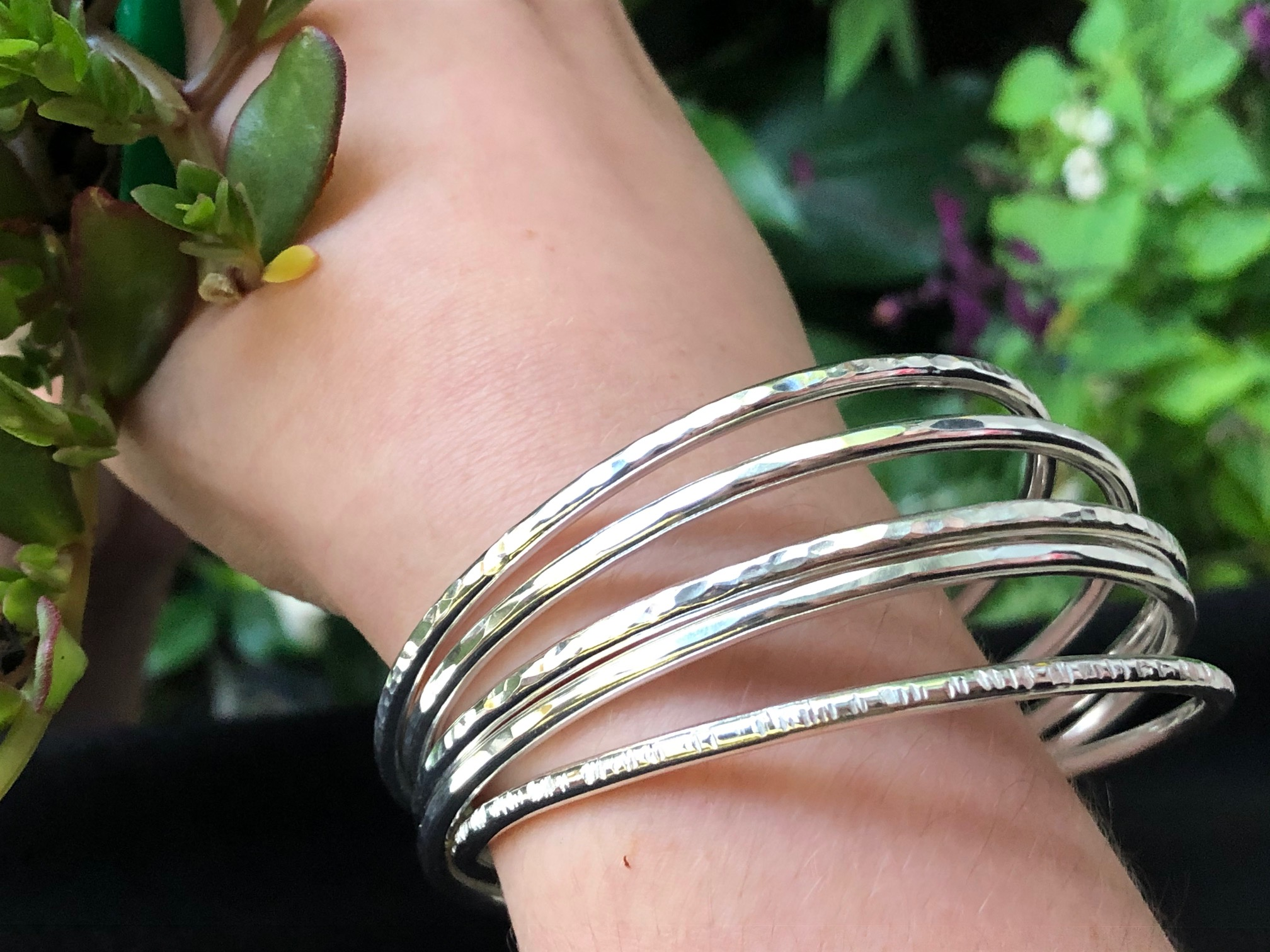 silver 3mm textured bangles3