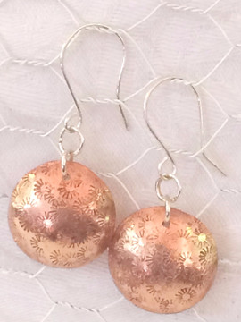 Stamped copper dome earrings_edited_edit
