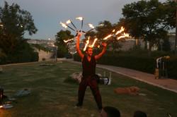 מופע אש מסיבת סיום שנה