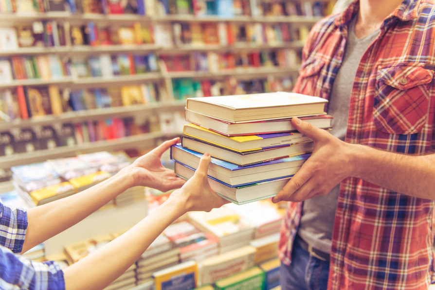 AVVISO: Fornitura gratuita o semigratuita dei libri di testo, dizionari, libri di lettura...