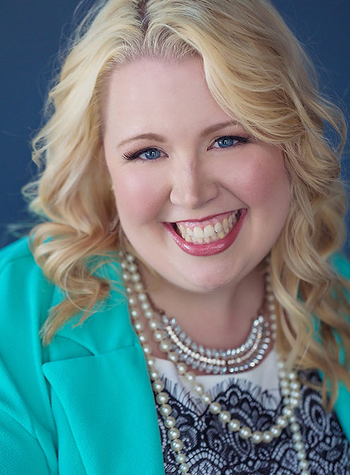 Elizabeth Friedel Graphic Designer Marketing Expert