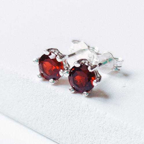 Silver Stud Earrings with Garnet (red)