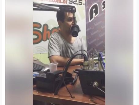 Cartunista Marcos Vaz é entrevistado por Rodrigo Melo na Rádio Bianca