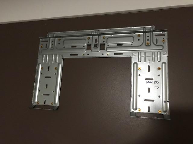 Indoor unit mounting bracket