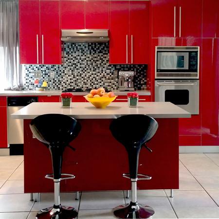 red_kitchen_.jpg