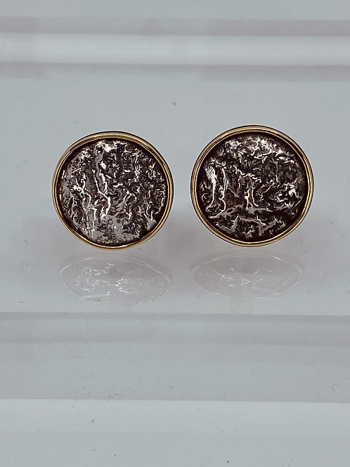 KAJMC 1  Reticulated silver and 18ct gold cufflinks
