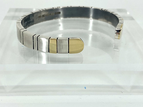 KAJMB 24 Heavy silver bangle with 14ct gold details
