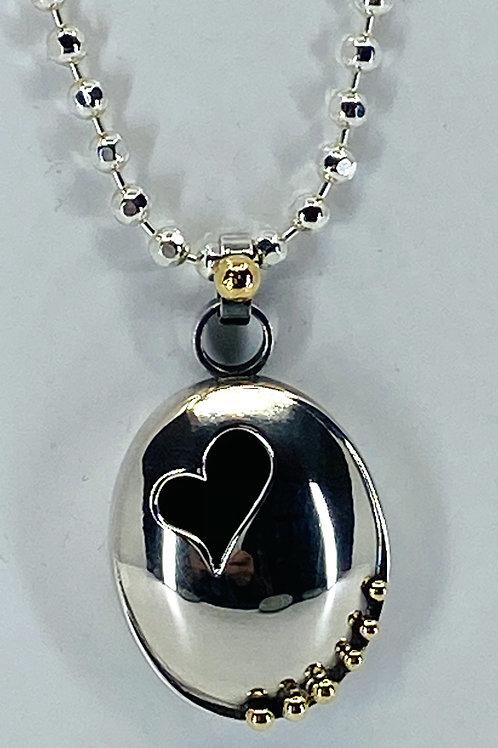 ref KAJMN 49   Oval box heart pendant & chain