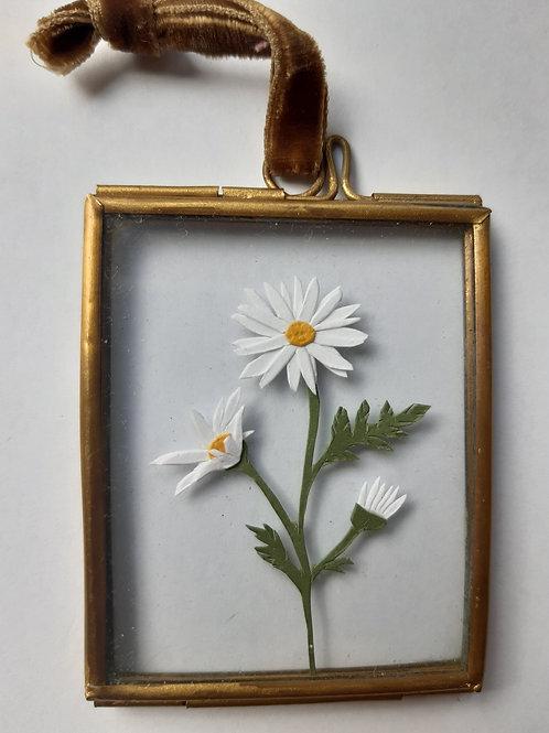Daisy 1 Paper Cut Mini Frame