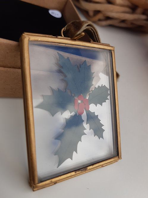 Handcut Mini Holly Hanging Frame