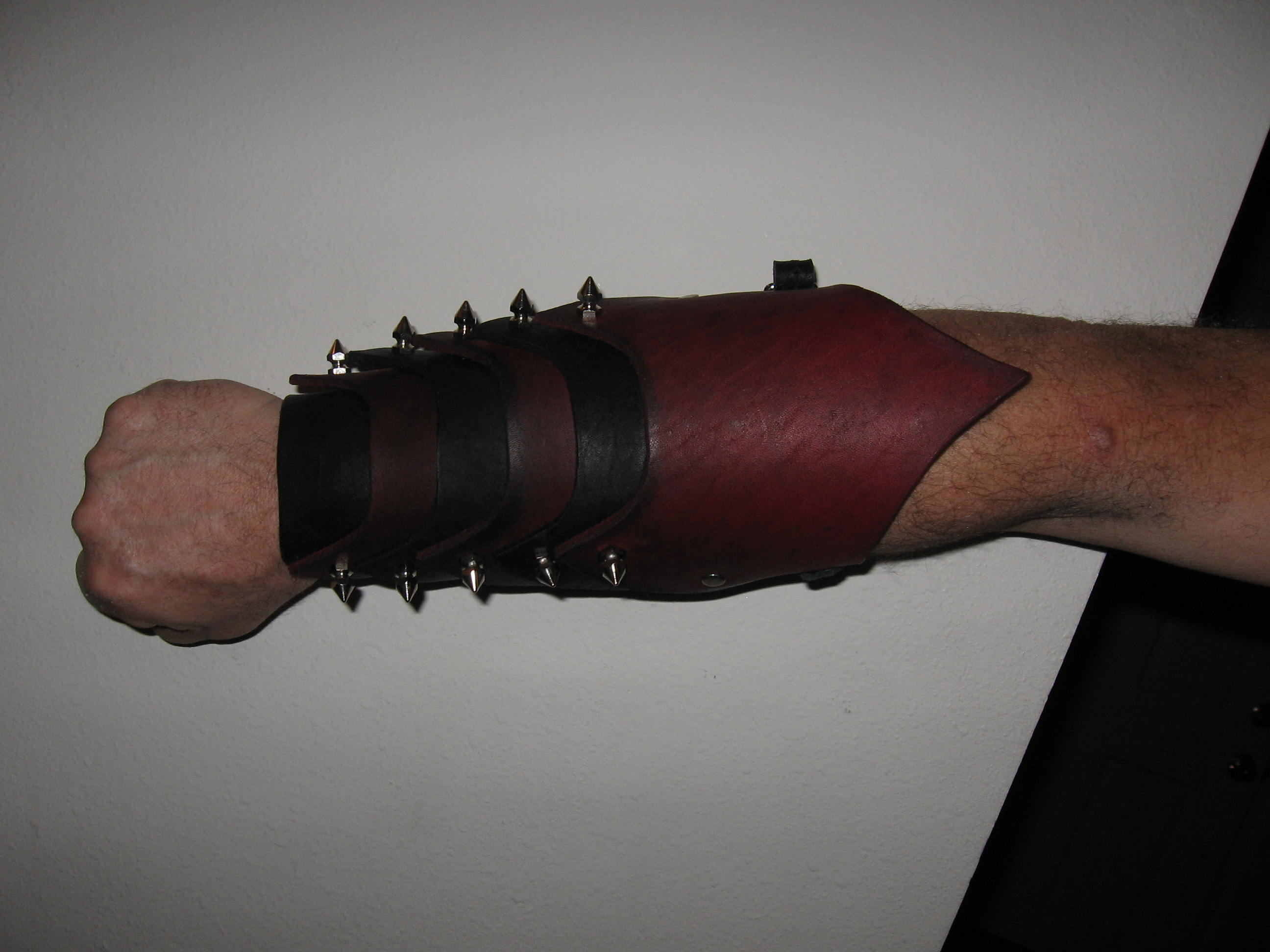 Articulated Bracers Top.jpg