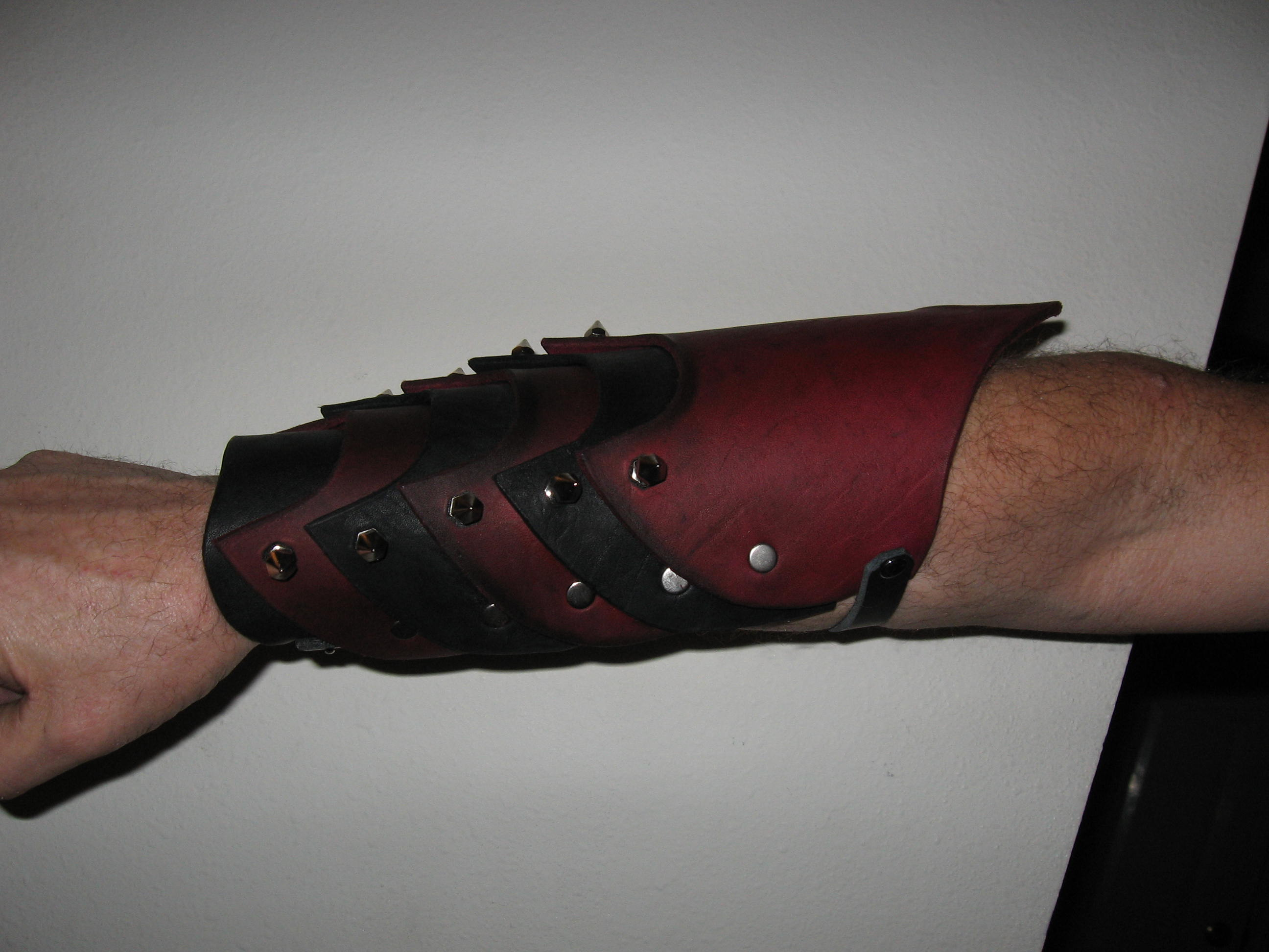 Articulated Bracers Side.jpg