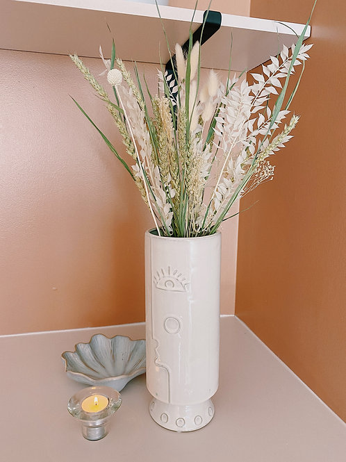 Vase & Dried Flower Bunches