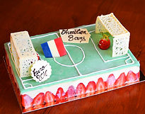 Patisserie, le Fournil de la Grange, gateau sur-mesure, un stade de foot