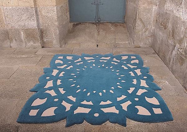 Tandm Design, 3 techniques de production pour nos tapis : Le tuffetage à la main, - Le nouage à la main - Et le tissage à la main.