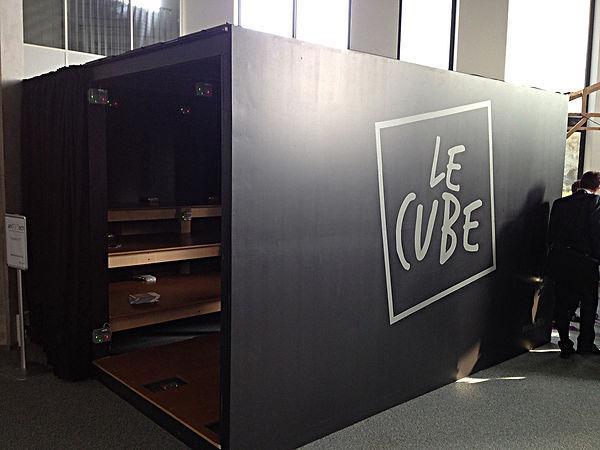 Tandm Design, agence de design spécialisée dans la décoration murale pour un cube