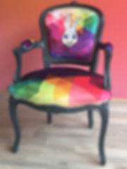 Tandm Design, agence de design spécialisée dans la décoration fauteuil, tapissier, tissus velour imprime sur mesure