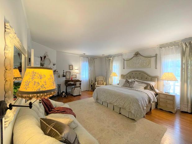 Cotton Hall Grande Suite