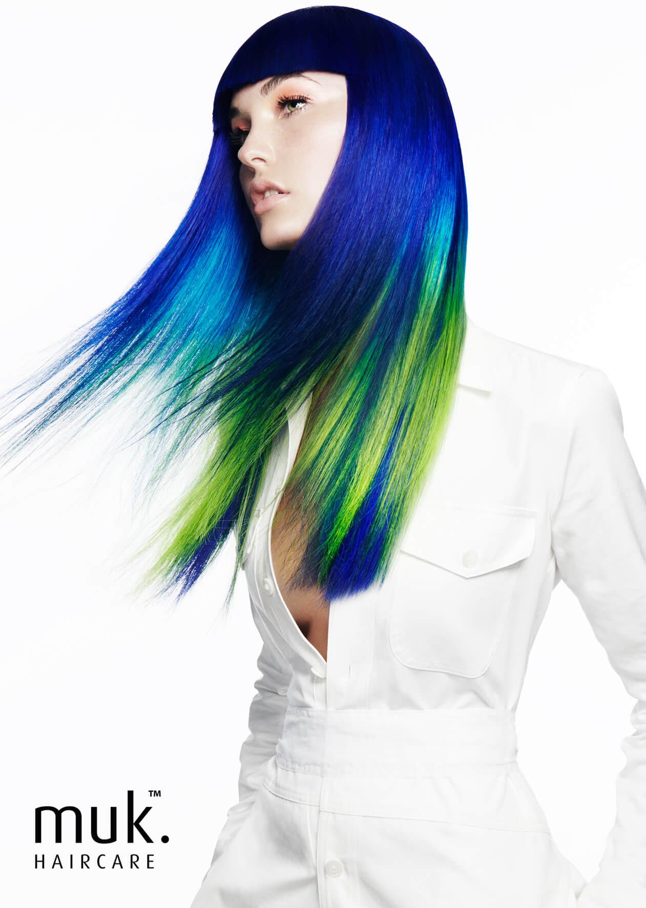 Model_ROYAL-BLUE