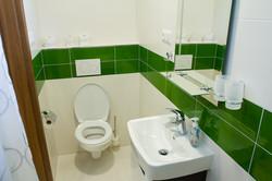 Biely apartmán 11 kúpelňa 1