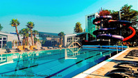 aquapark-bazen-podfarbeny_edited.jpg