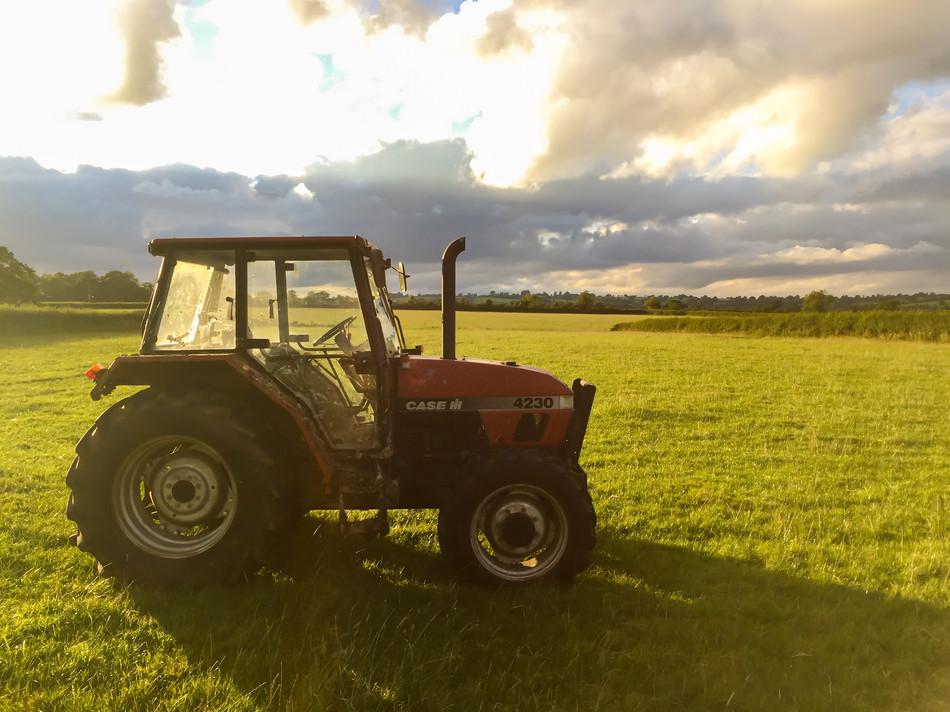 Somerset Tractor.jpg