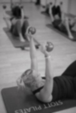 Pilates Gruppenstunde