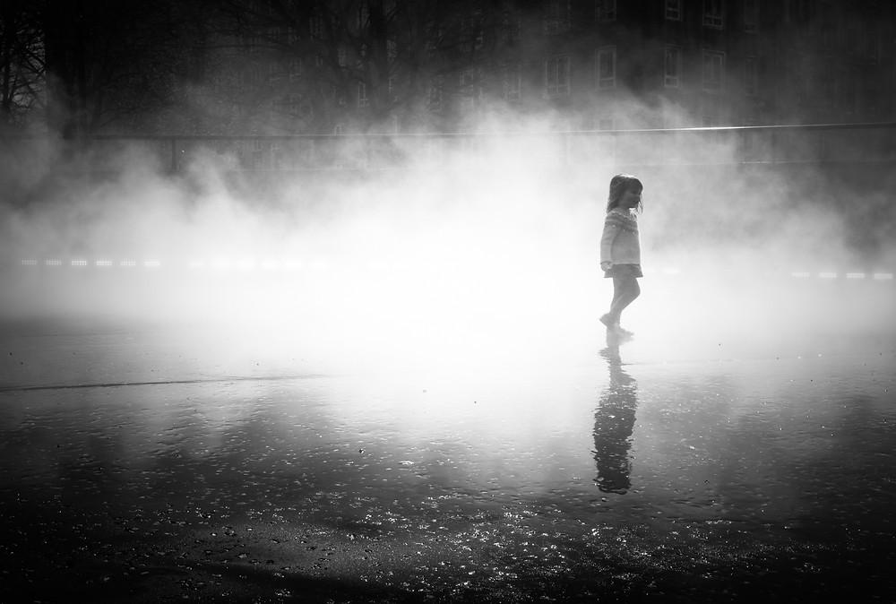 london fog fujiko nakaya street photography by mark cornick photography