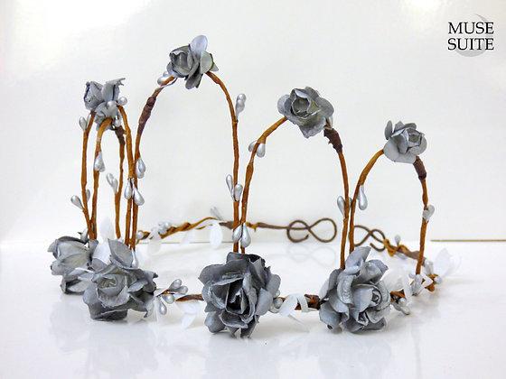 Silver Flowers Crown - Bride inspired tiara - Cosplay circlet