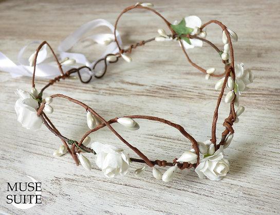 Bride Crown - Bridal Diadem - Wedding Hairdress - White crown