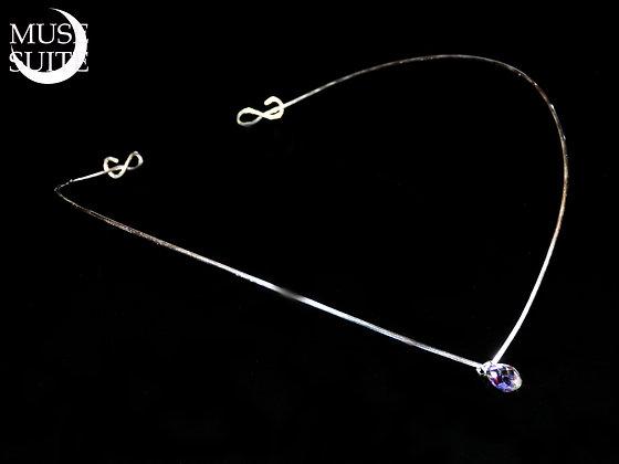 Elven tiara with a swarovski cristal teardrop.